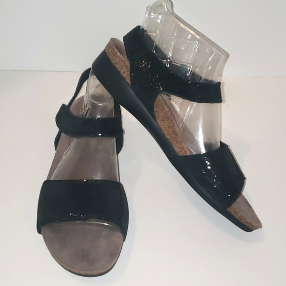 MUNRO Catelyn Sparkle Strap Sandals size 11